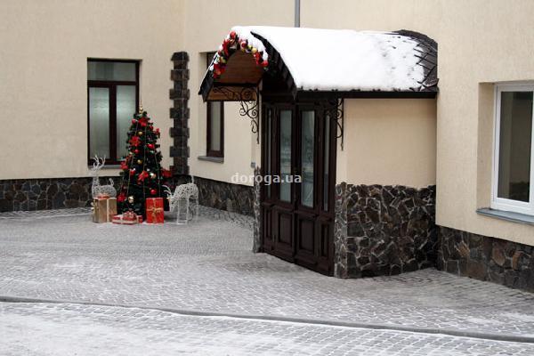 Отель Рейкарц Дворжец