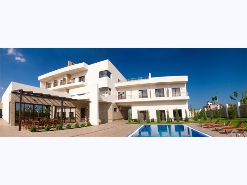 Гостиница Капри