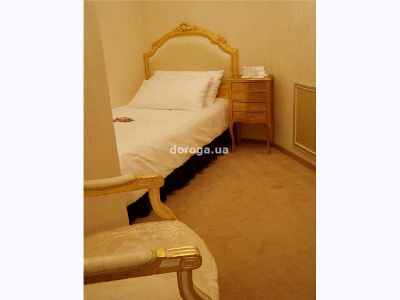 Отель Лыбидь-Плаза