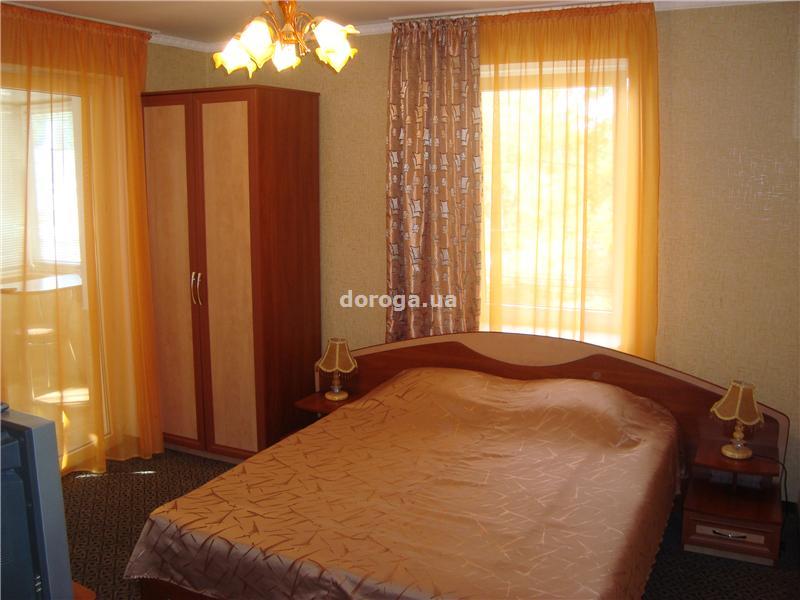 Мини-отель Дом на Суворовском