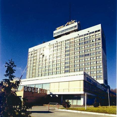 Отель Мир