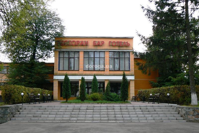 Гостиница Тополя