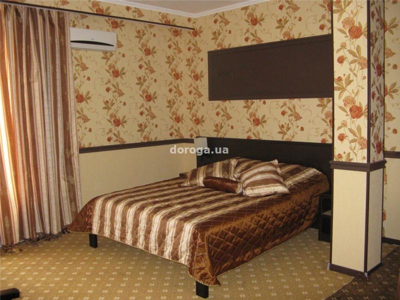 Гостиница Арнаутская 7+