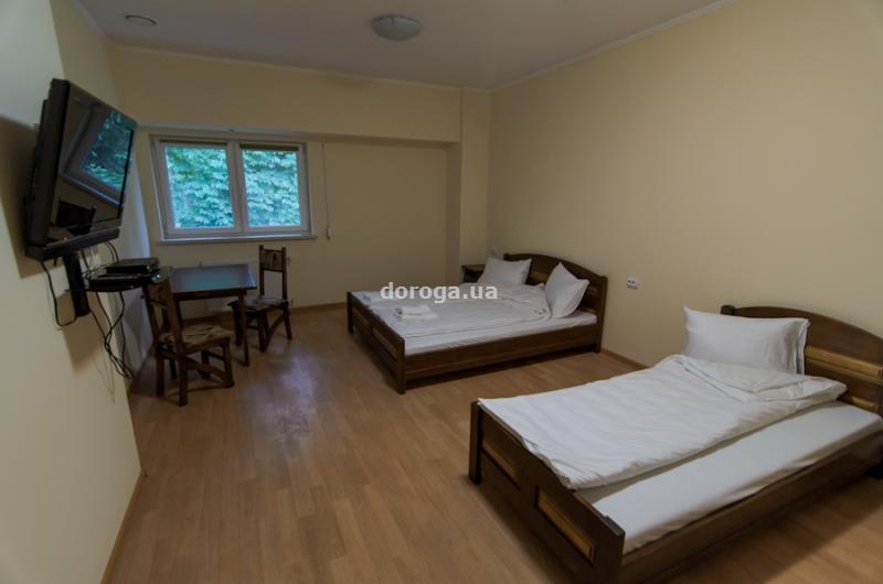 Гостиница Этна