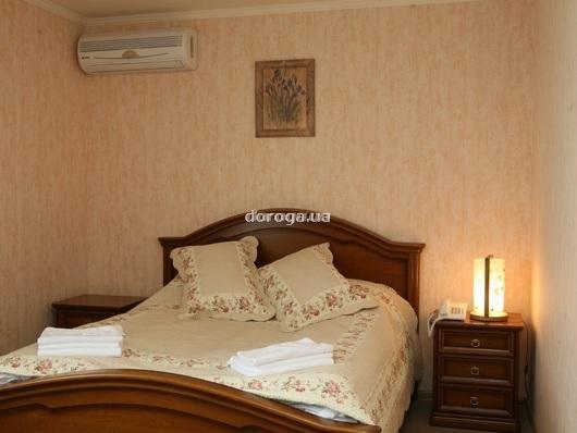 Отель Золотая гора